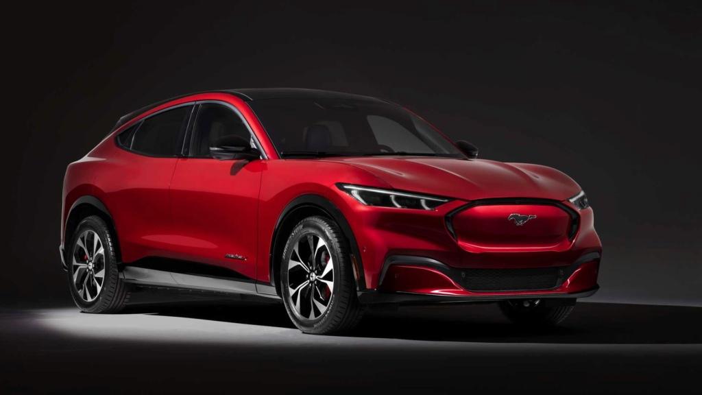 Vídeo: Como é o novo Mustang Mach-E, o SUV elétrico do esportivo 2020-f17