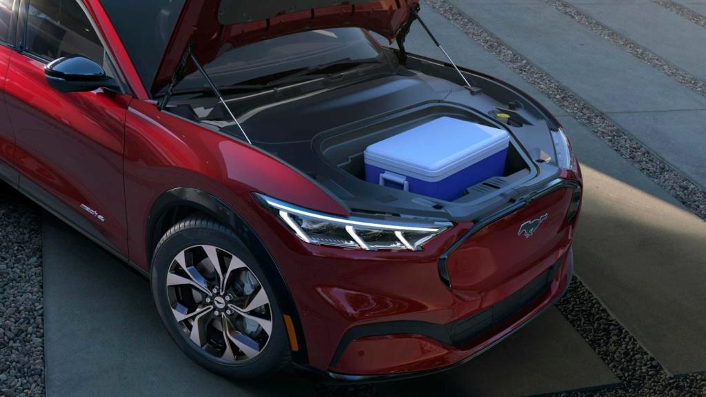 Vídeo: Como é o novo Mustang Mach-E, o SUV elétrico do esportivo 2020-f20