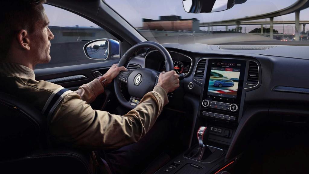 Renault Megane tem futuro incerto por vendas abaixo do esperado 2020-r15