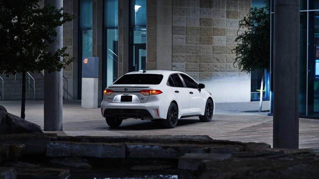 Toyota Corolla 2020 fica mais esportivo com pacote Nightshade Edition 2020-t12