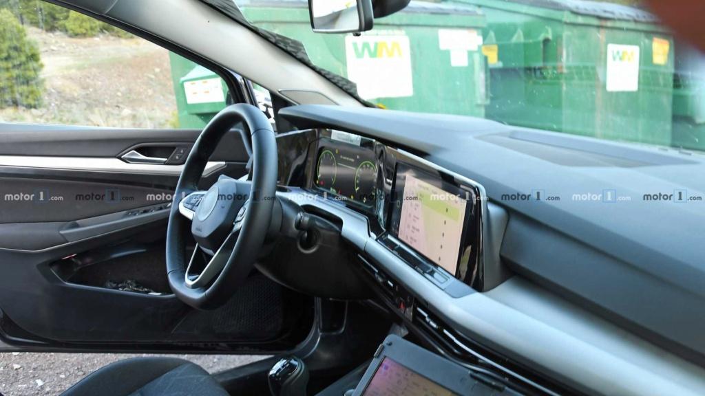 Esperado no Brasil, VW Golf GTE híbrido testa nova geração 2020-v12