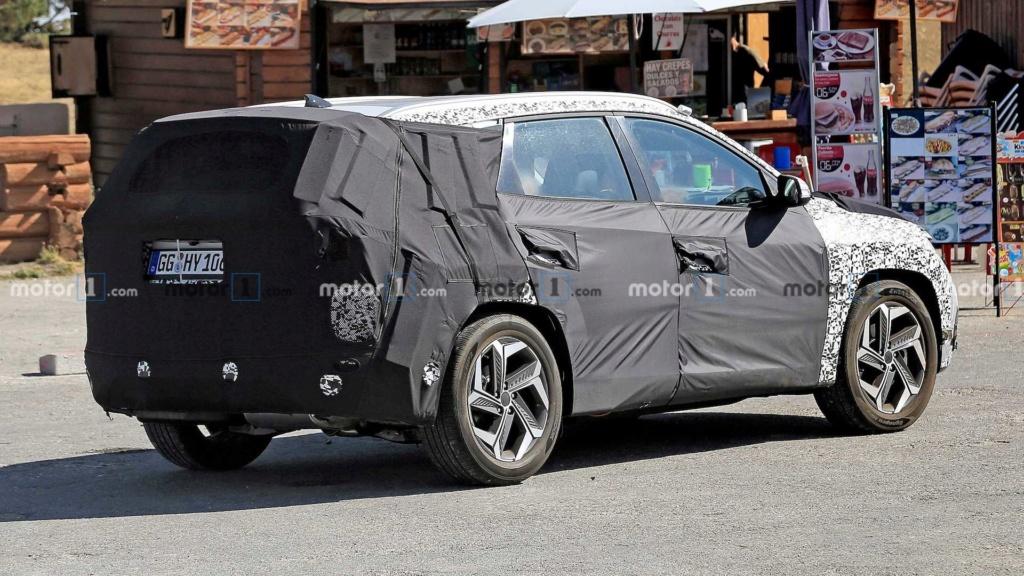 """Flagra: Novo Hyundai Tucson começa a mostrar o design que te fará """"pirar"""" 2021-h11"""