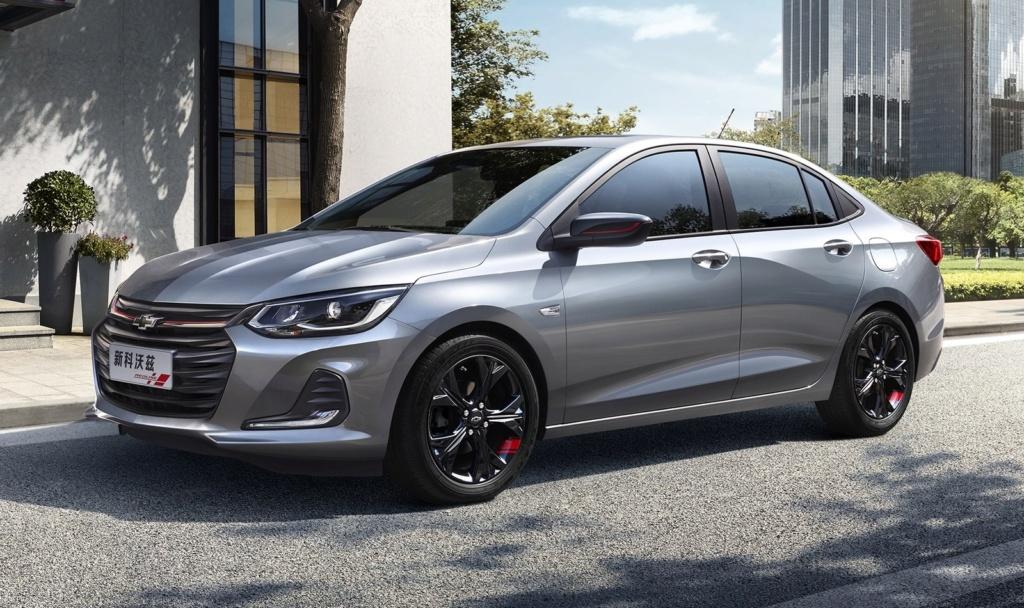 Chevrolet Onix Plus, o 'novo Prisma', já está sendo faturado nas concessionárias 210