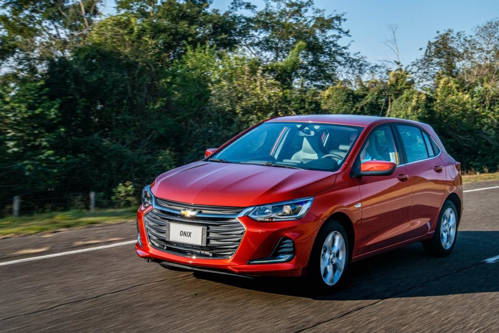 Chevrolet Onix 2020 parte de R$ 48.490; veja fotos, preços e versões 26-nov10