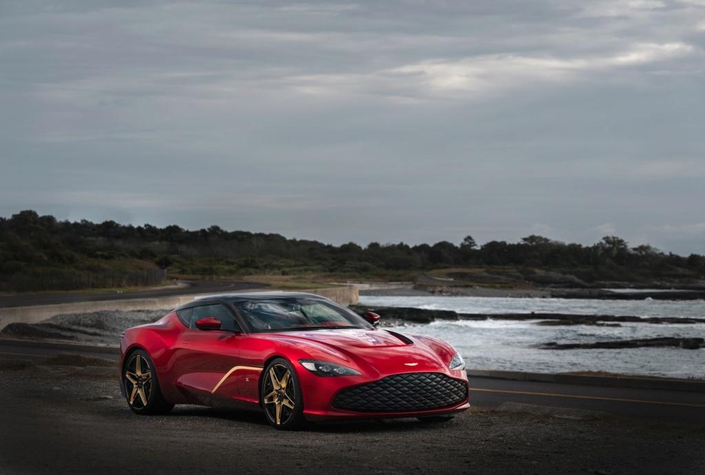 Aston Martin revela novo DBS GT Zagato com 760 cavalos e acabamentos de ouro Aston-12