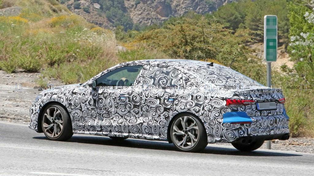 Novo Audi A3 Sedan aparece pela primeira vez Audi-s13