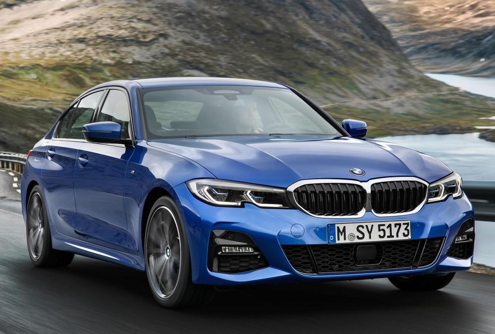 BMW faz recall do 330i Sport no Brasil por defeito no motor Bmw-3310
