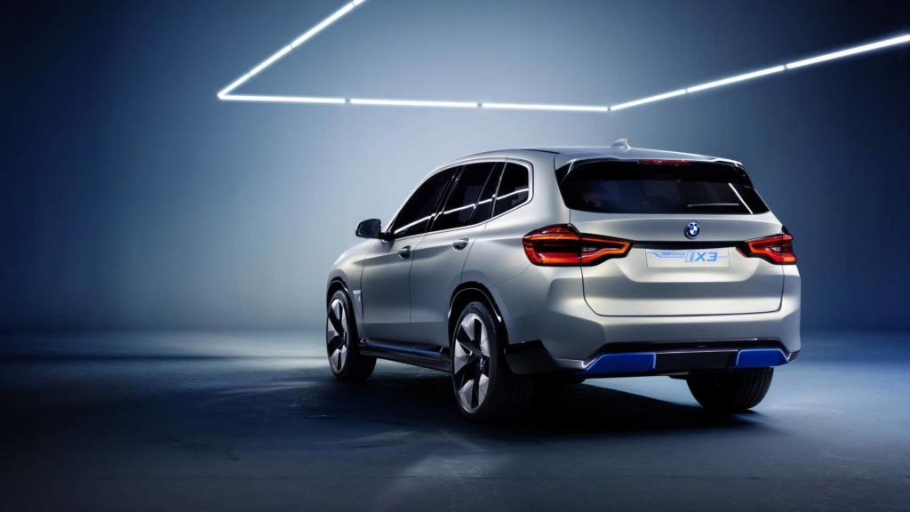 BMW iX3 de produção terá 300 cv de potência e 400 km de autonomia Bmw-ix11
