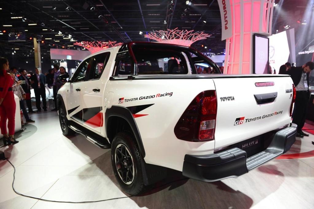 Hilux GR terá motor V6 gasolina e deve ser vendida no Brasil C4848410
