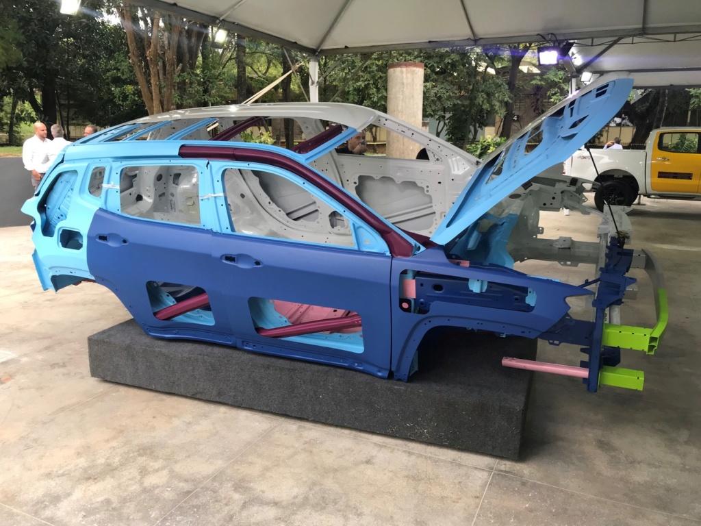 Como fica a manutenção de carros cada vez mais tecnológicos Carros12