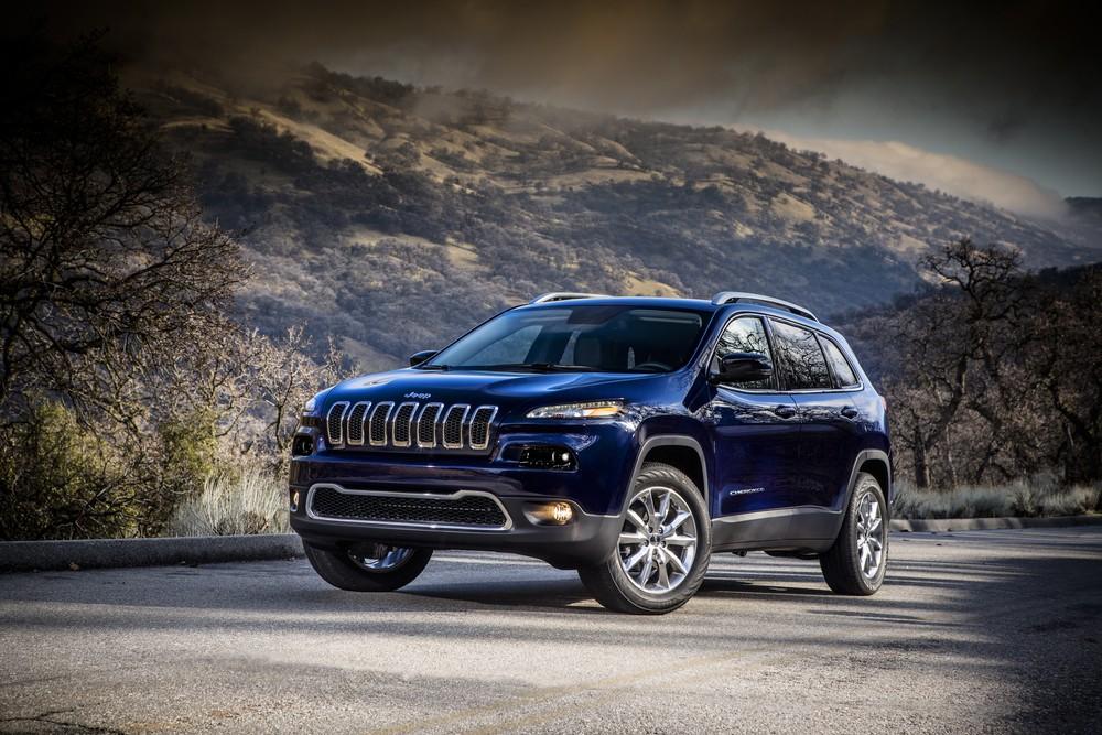 Jeep Cherokee tem recall de 241 unidades por problema no câmbio Cherok10