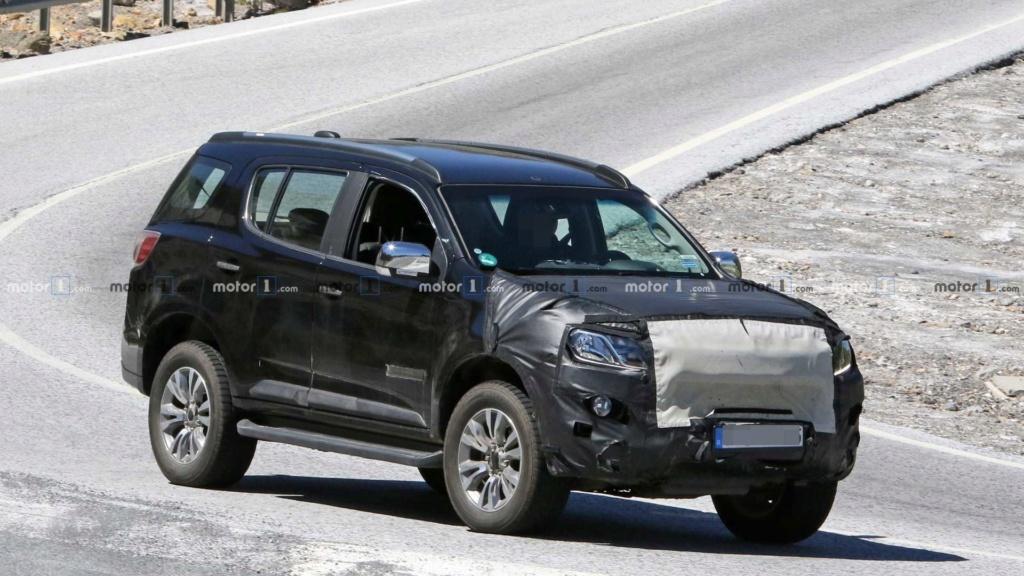 Chevrolet Trailblazer e S10 terão mais uma reestilização Chevro13