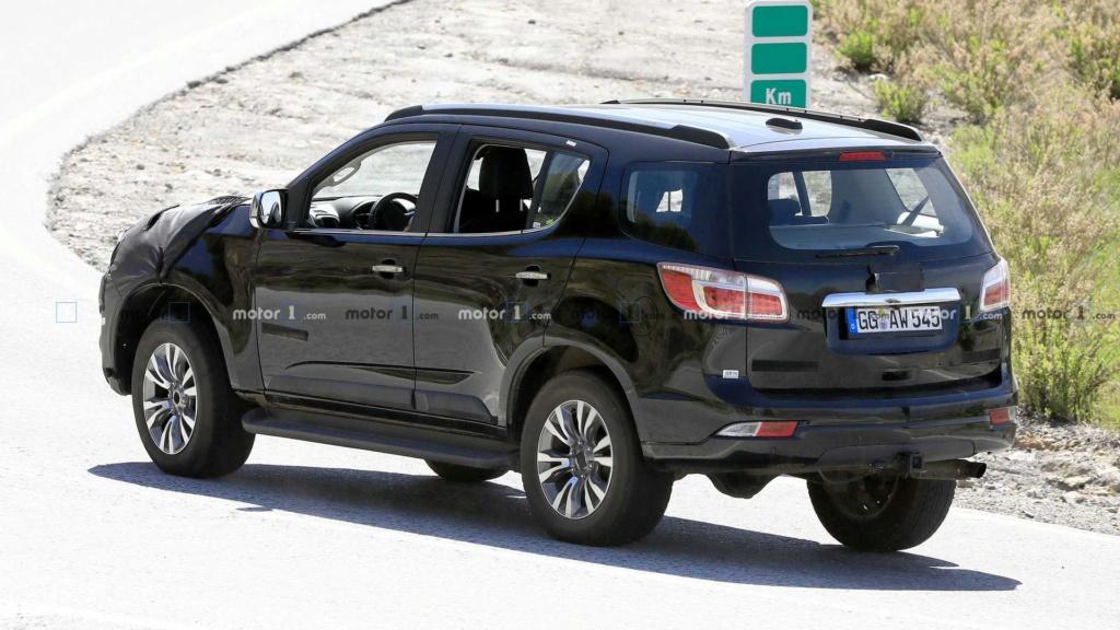 Chevrolet Trailblazer e S10 terão mais uma reestilização Chevro17