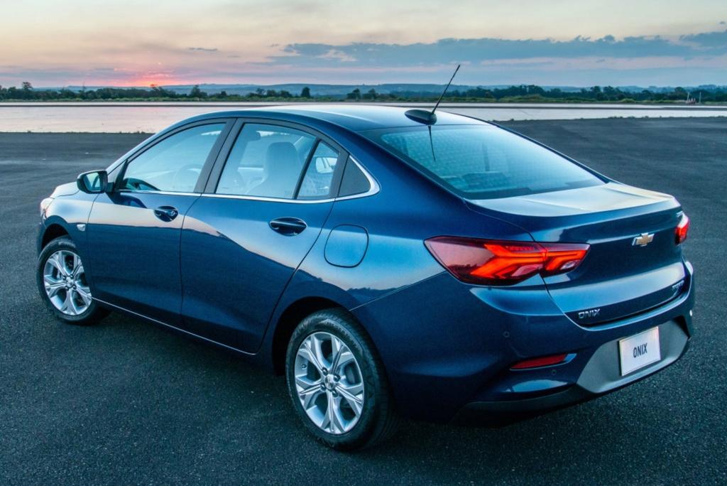 Chevrolet retoma entregas do Onix Plus e poderá oferecer 1 ano de wi-fi grátis aos clientes afetados Chevro45