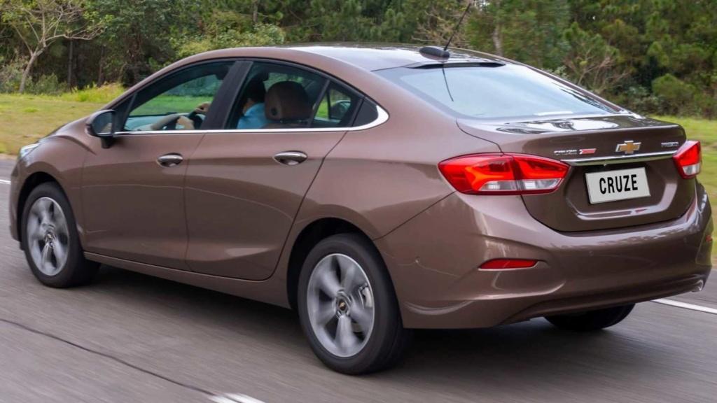 Sedãs voltarão a fazer sucesso, diz chefe de design da Chevrolet Chevro48