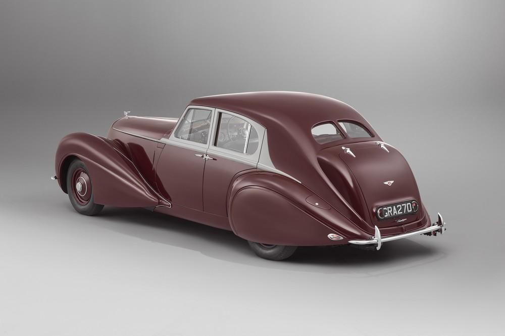 Bentley de 1939 destruído na Segunda Guerra Mundial é reconstruído pela empresa Cornic13