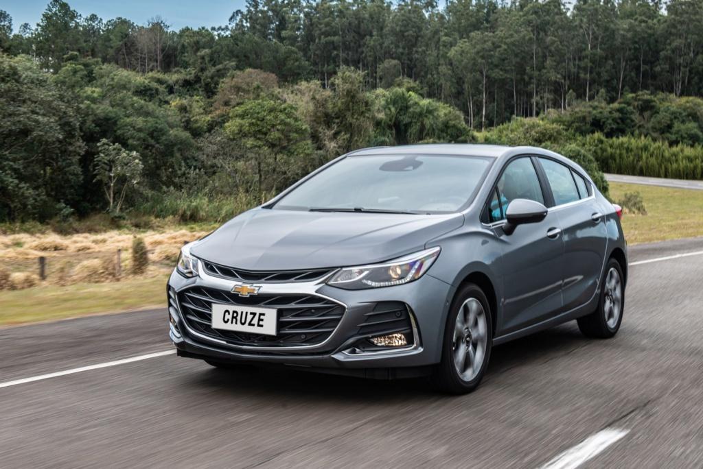 Chevrolet Cruze 2020 chega com 'cara' nova e wi-fi para os ocupantes Cruze-14