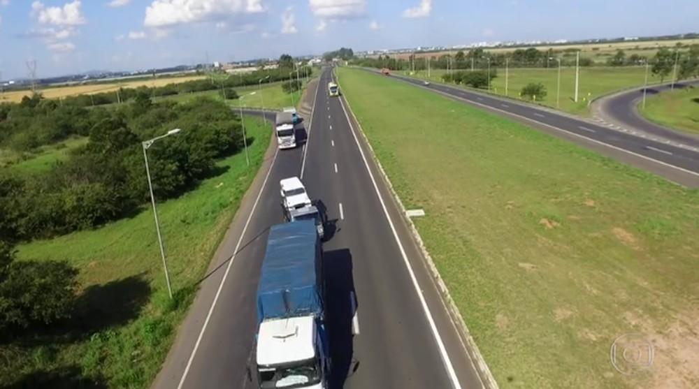 Governo quer acabar com exame que detecta drogas em motoristas profissionais Examet10