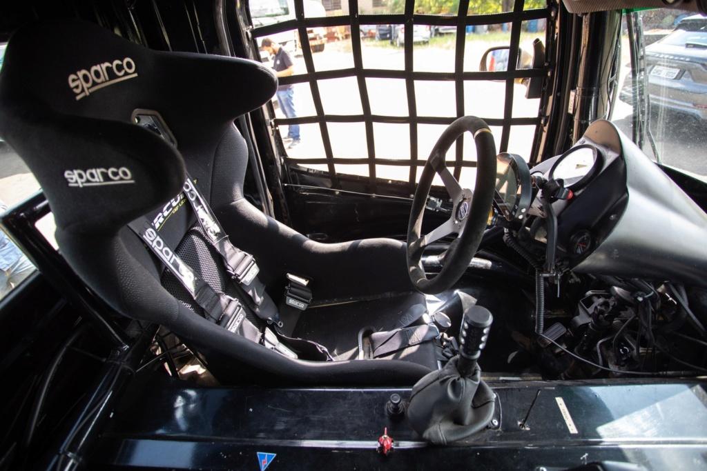 Veja como é dirigir um caminhão de corrida de 1.250 cv que chega a 240 km/h F-truc11