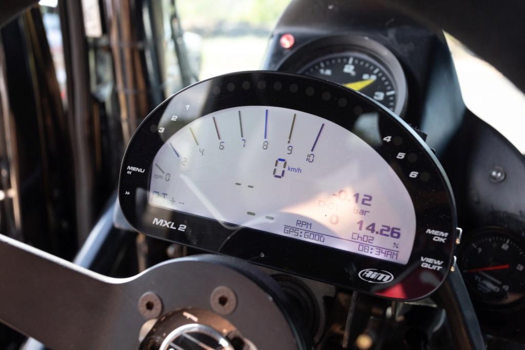 Veja como é dirigir um caminhão de corrida de 1.250 cv que chega a 240 km/h F-truc13