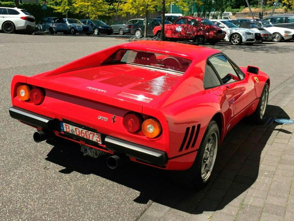 Ferrari da década de 1980 é roubada durante test drive na Alemanha Ferrar11