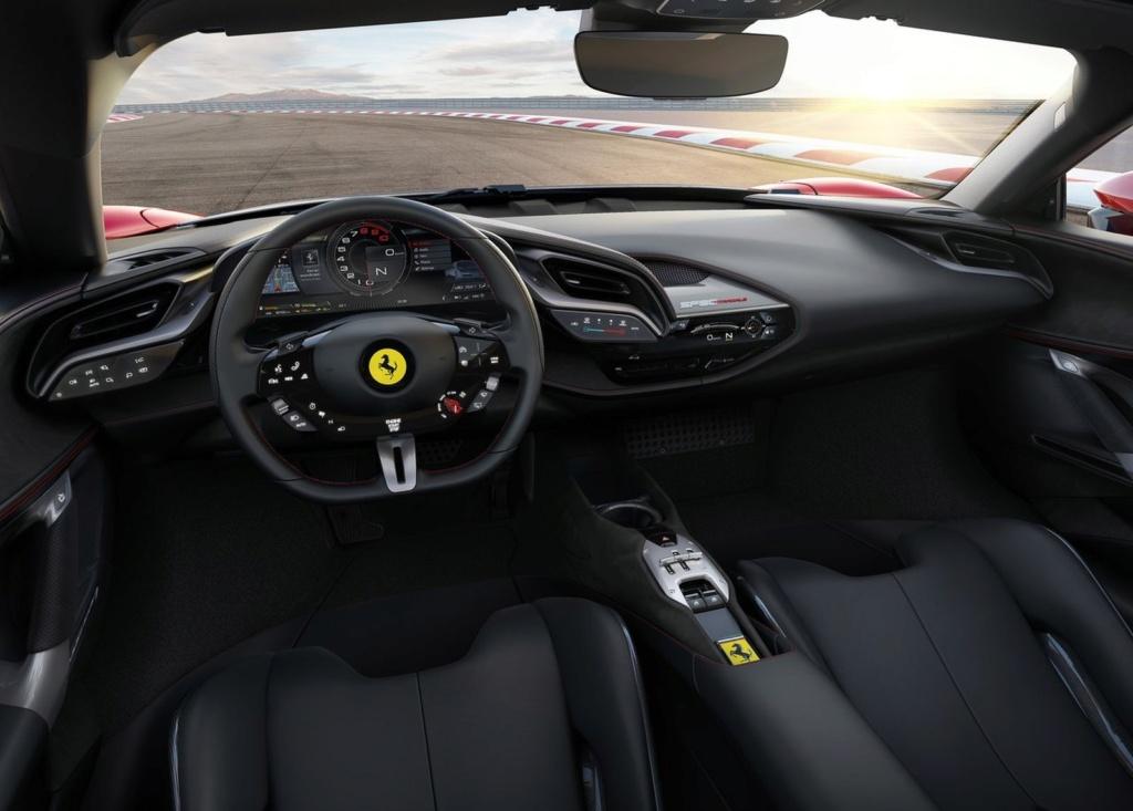 Ferrari lança carro de 1.000 cv que pode ser carregado na tomada Ferrar16