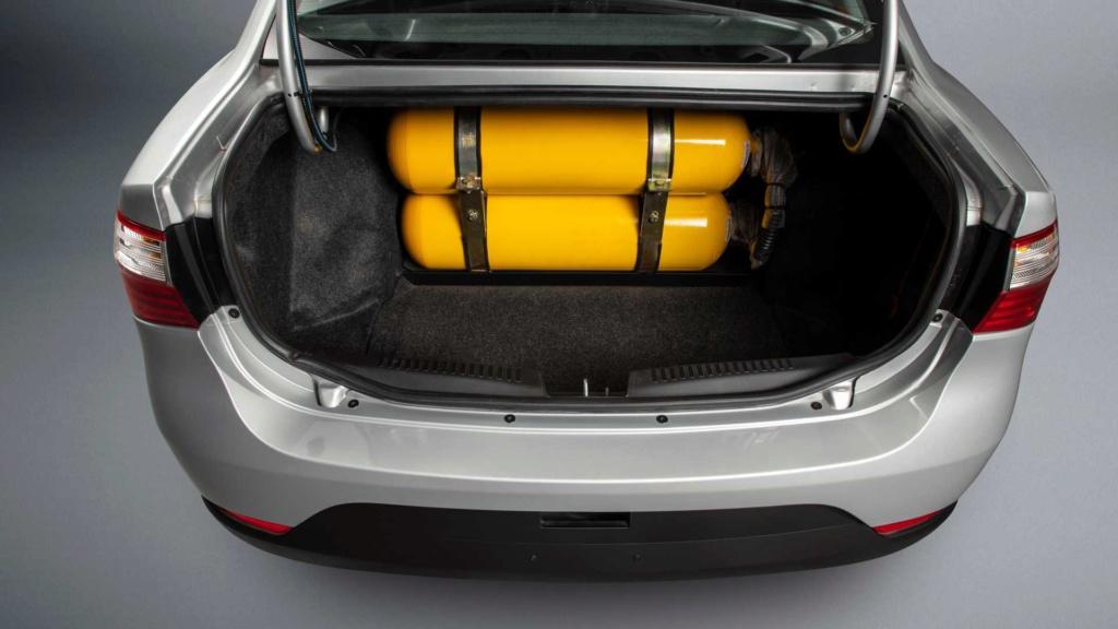 Fiat Grand Siena preparado para GNV estreia por R$ 55.680 Fiat-g11