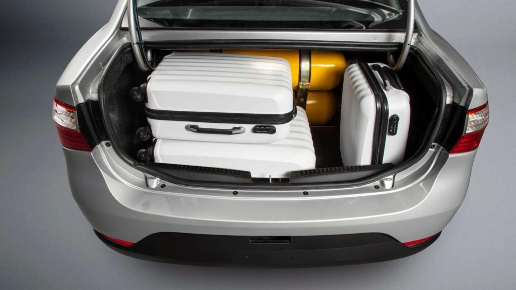 Fiat Grand Siena preparado para GNV estreia por R$ 55.680 Fiat-g12