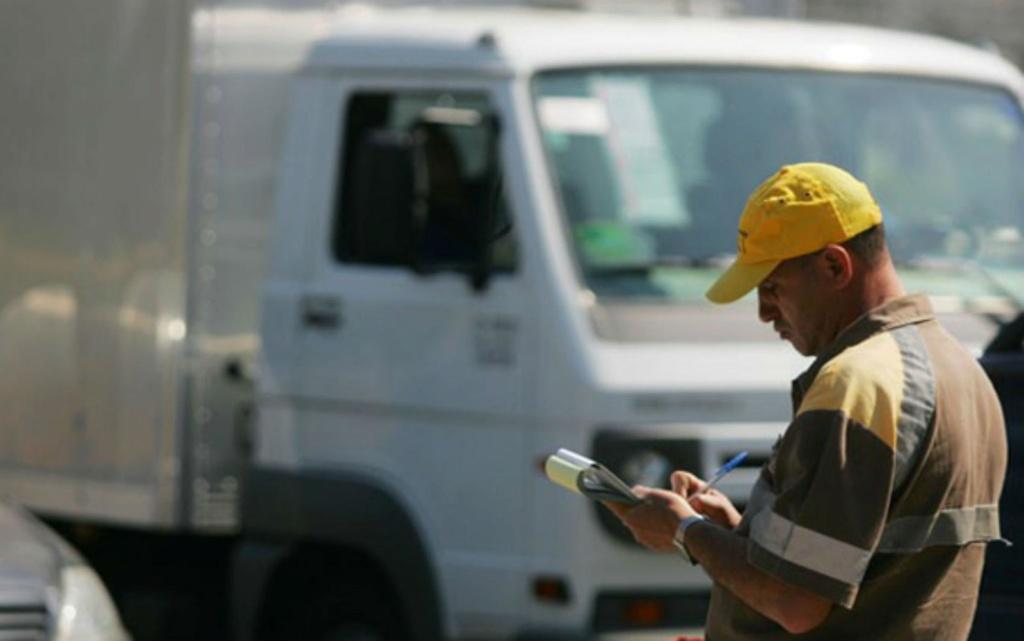 Proposta de Bolsonaro permite que motorista profissional cometa até 69 pontos sem perder a carteira Fiscal10