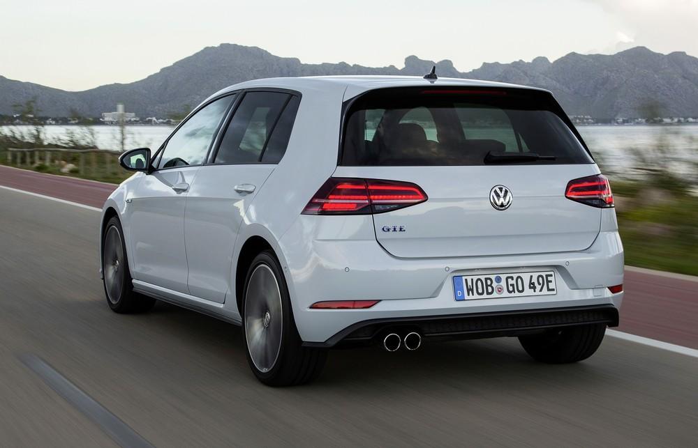 Volkswagen confirma 6 híbridos e elétricos para a América do Sul até 2023 Golf-g10