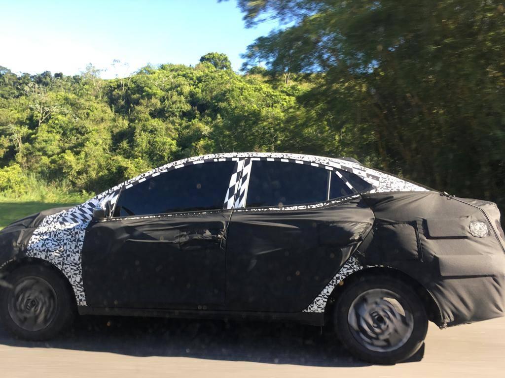 Segredo: Hyundai HB20S ganhará traços de Elantra em reestilização Hb20sl10