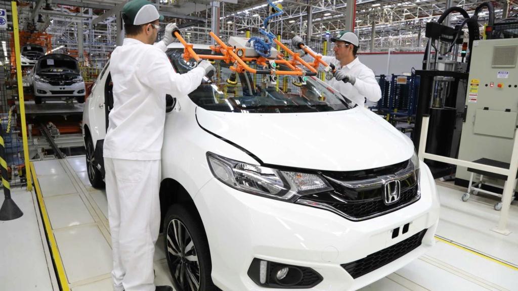 Produção de automóveis cresce 8,4% em julho, diz Anfavea Honda-27