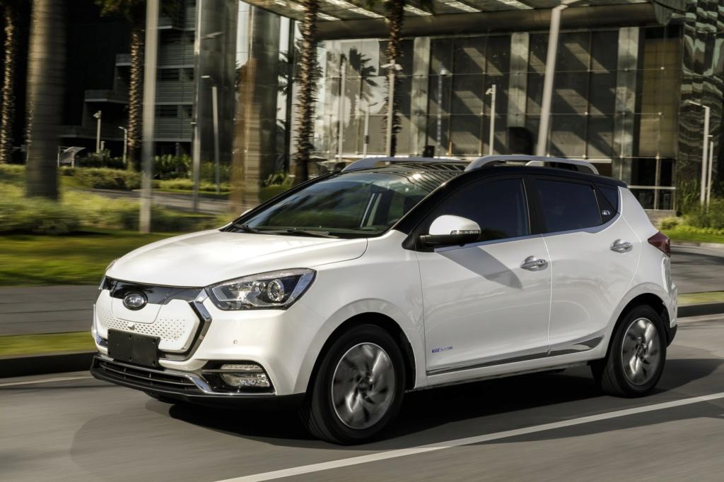 Jac apresenta compacto, SUVs e picape elétricos no Brasil; veja preços e fotos Iev40-10