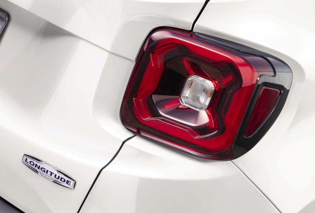 Jeep Renegade 2020 perde câmbio manual e parte de R$ 89.990 Imagem25