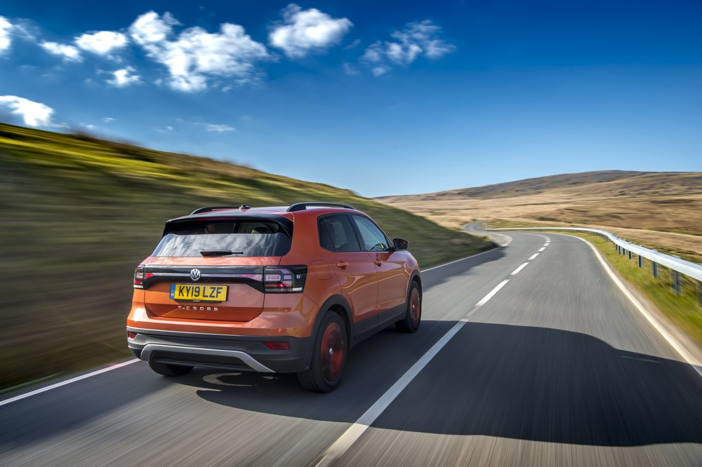 Volkswagen T-Cross com motor a diesel promete consumo de 22,5 km/l, mas não vem ao Brasil Images11