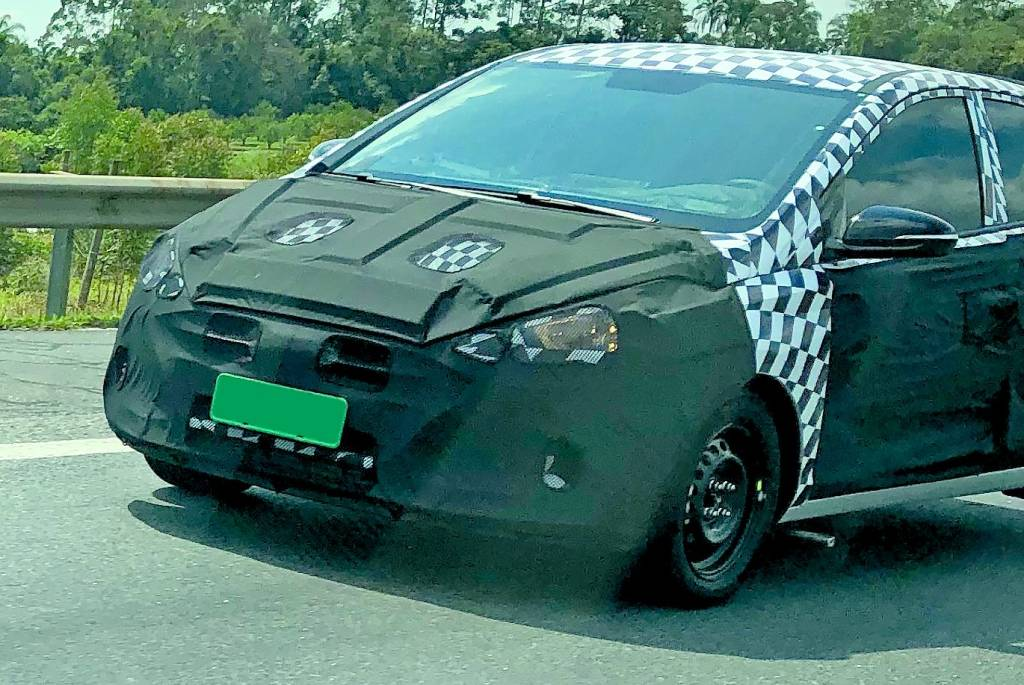 Segredo: Hyundai HB20S ganhará traços de Elantra em reestilização Img_3610