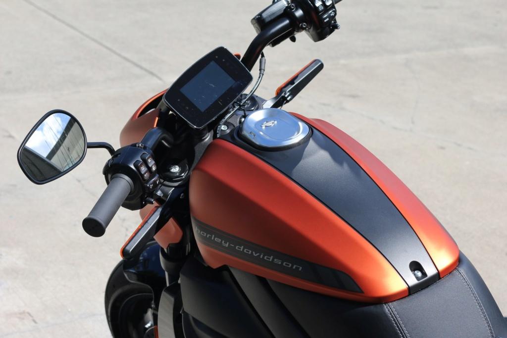 Harley-Davidson planeja lançar moto elétrica no Brasil em 2020 Lrm-ex12