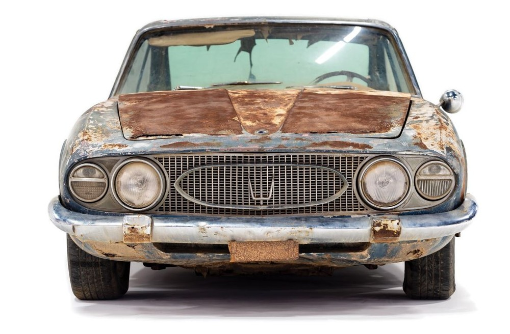 Maserati enferrujada de 1961 é leiloada por R$ 2,2 milhões Masera10