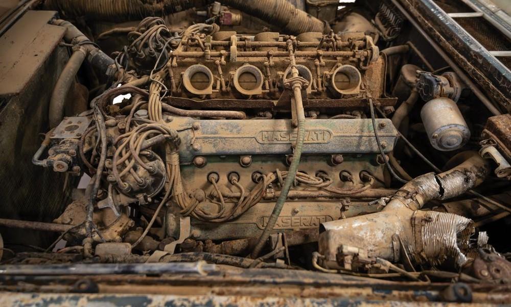 Maserati enferrujada de 1961 é leiloada por R$ 2,2 milhões Masera12
