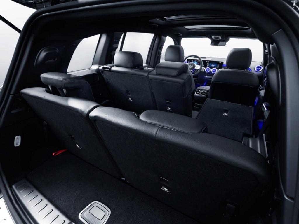 Mercedes-Benz revela o GLB, SUV intermediário de 7 lugares Merced20