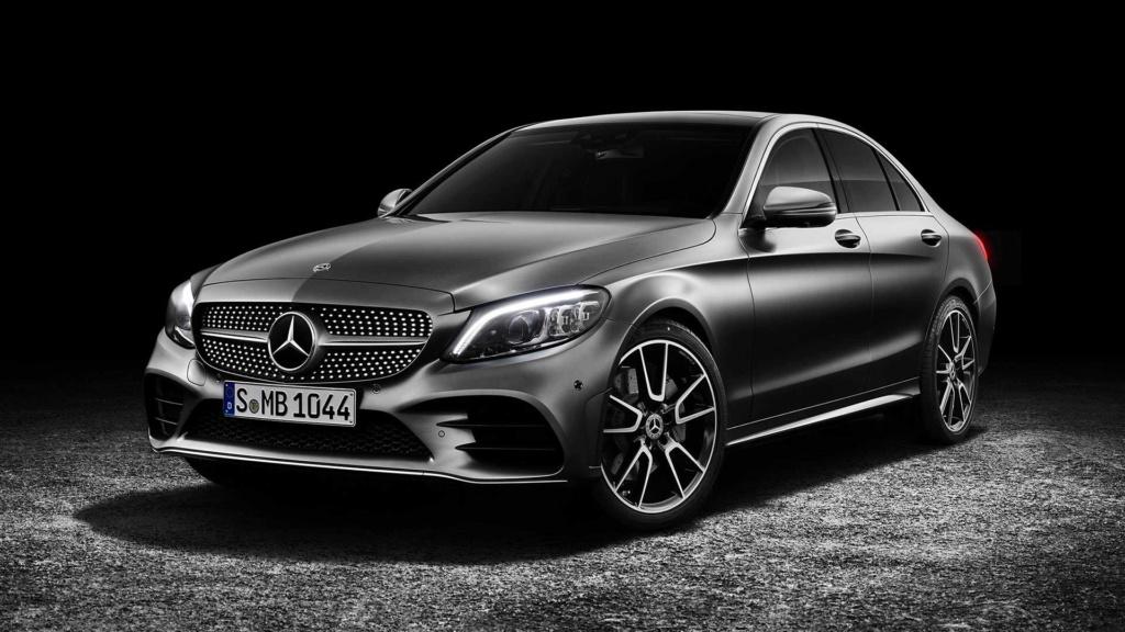 Mercedes pode ser multada em 1 bilhão de euros por fraude em emissões Merced31