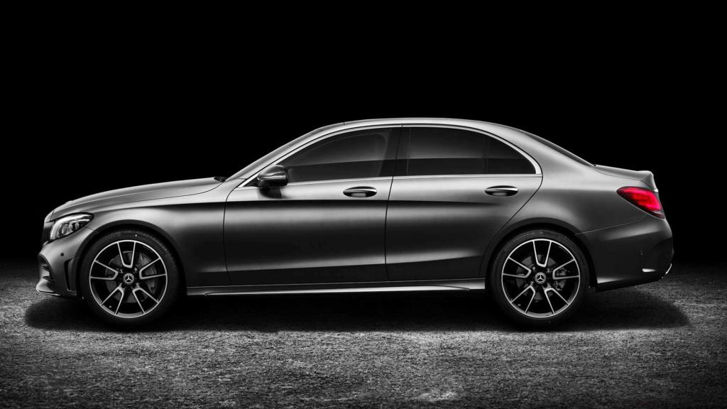 Mercedes pode ser multada em 1 bilhão de euros por fraude em emissões Merced33