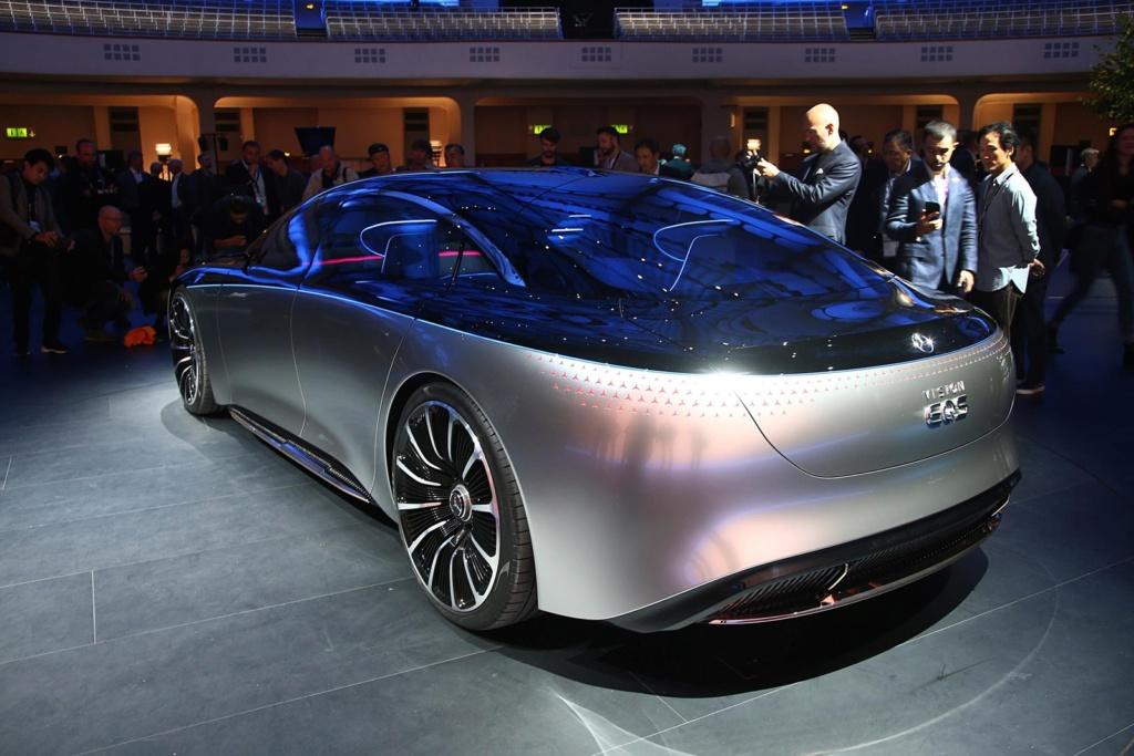 Mercedes-Benz confirma GLB para o Brasil e divulga planos de eletrificação Merced39