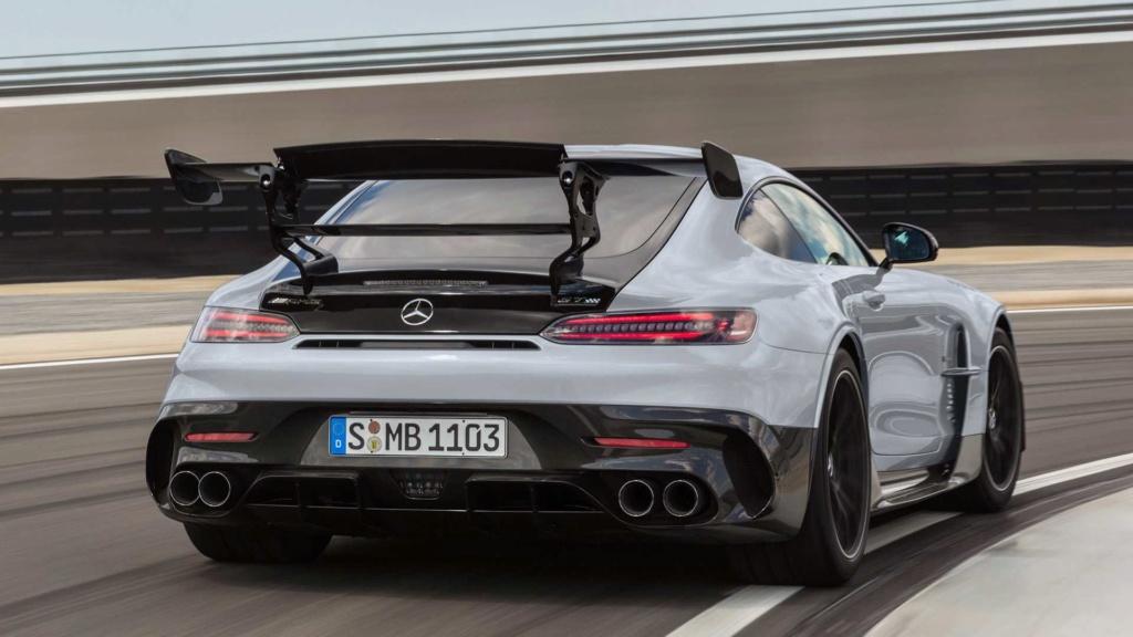 Mercedes-AMG GT Black Series é versão super preparada com V8 de 730 cv Merced53