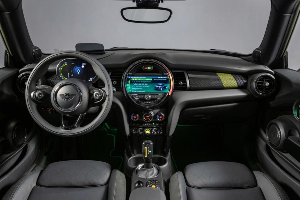Mini Cooper estreia primeira configuração totalmente elétrica Mini-c12