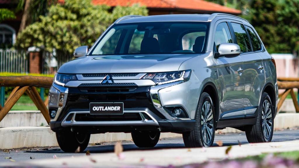 Mitsubishi volta a atuar na Argentina com Outlander e L200 Mitsub20