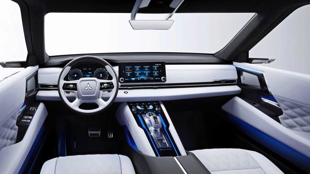 Nova Mitsubishi L200 terá versão híbrida e possível V6 turbodiesel Mitsub22