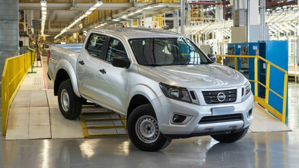 Nissan Frontier fica até R$ 2.000 mais cara nas versões básicas Nissan14