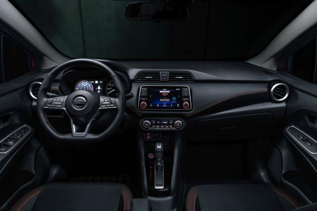 Novo Nissan Versa chega ao Brasil no ano que vem e vai conviver com modelo atual Nissan40
