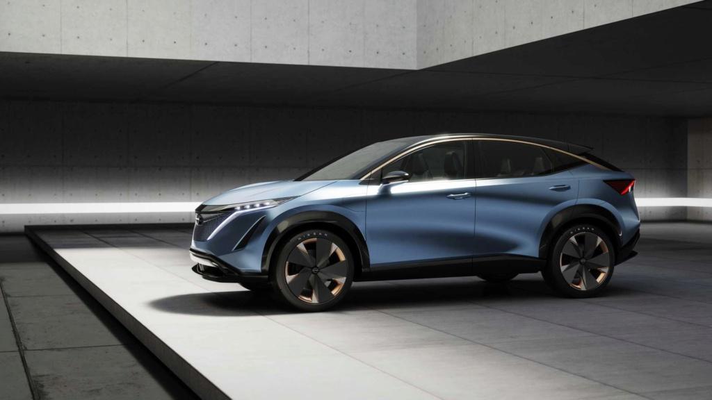 Nissan Ariya Concept antecipa estilo e tecnologia de novo SUV elétrico Nissan60